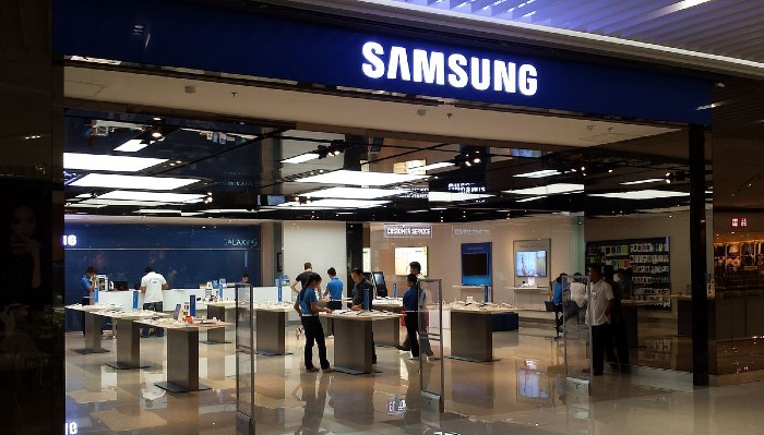 Samsung Joins Forces With Quividi To Help Retailers Manage Social Distancing And Safety In Store